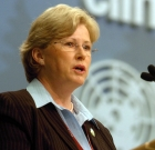Carbon Tax Debates Heat Up, Milne Fires At Abbott